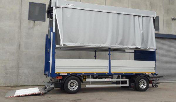 Tetto allargabile per centine dei camion e rimorchi. Allestimenti camion e veicoli industriali